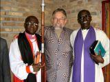 Jan Sobantu Dros temidden van de pastors